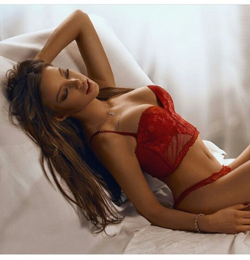 Somika Patel is an Individual Kolkata Escorts girl who is passionate about her modeling. She is an interested in travel, fashion show and sports. View More : http://www.jennygupta.com Jenny Gupta Call and Whatsapp: +91-9830414129