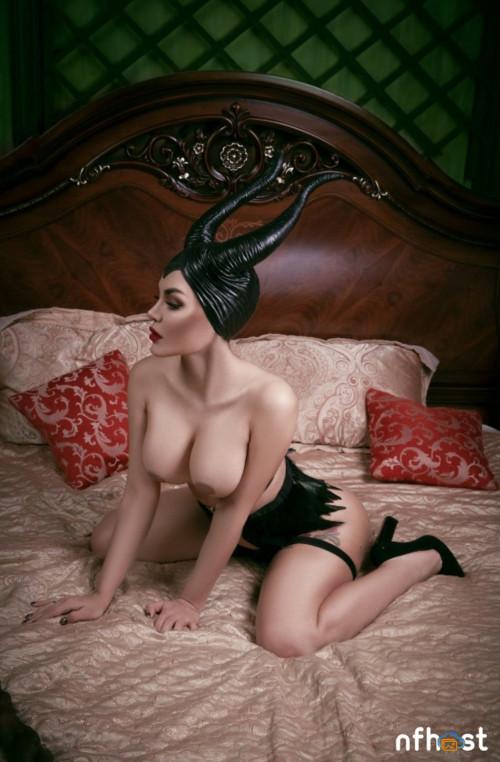 Kalinka Fox Naked Maleficent (1)