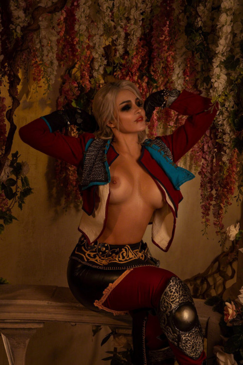 Kalinka Fox Naked Ciri (4)