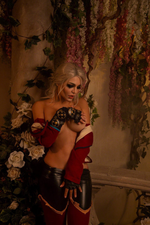 Kalinka Fox Naked Ciri (8)