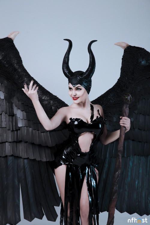 Kalinka-Fox-Maleficent-10.jpg