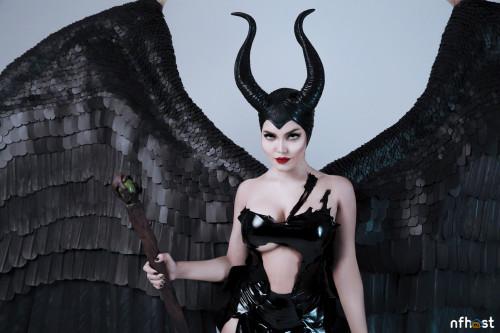 Kalinka Fox Maleficent (16)