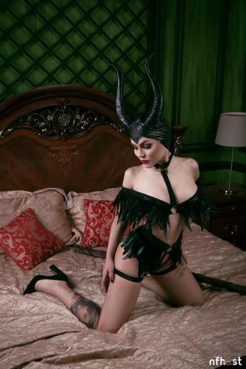 Kalinka Fox Maleficent (20)
