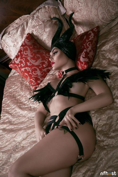 Kalinka Fox Maleficent (22)