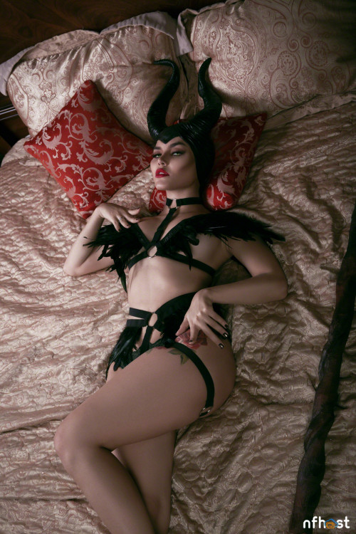 Kalinka Fox Maleficent (23)