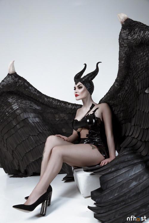 Kalinka Fox Maleficent (3)