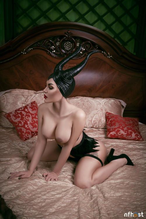 Kalinka Fox Maleficent (35)