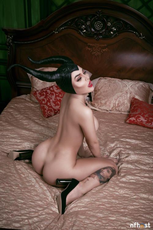 Kalinka Fox Maleficent (40)