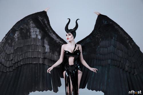 Kalinka-Fox-Maleficent-8.jpg
