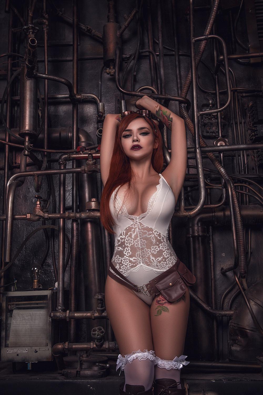 Кристина Fox Слив
