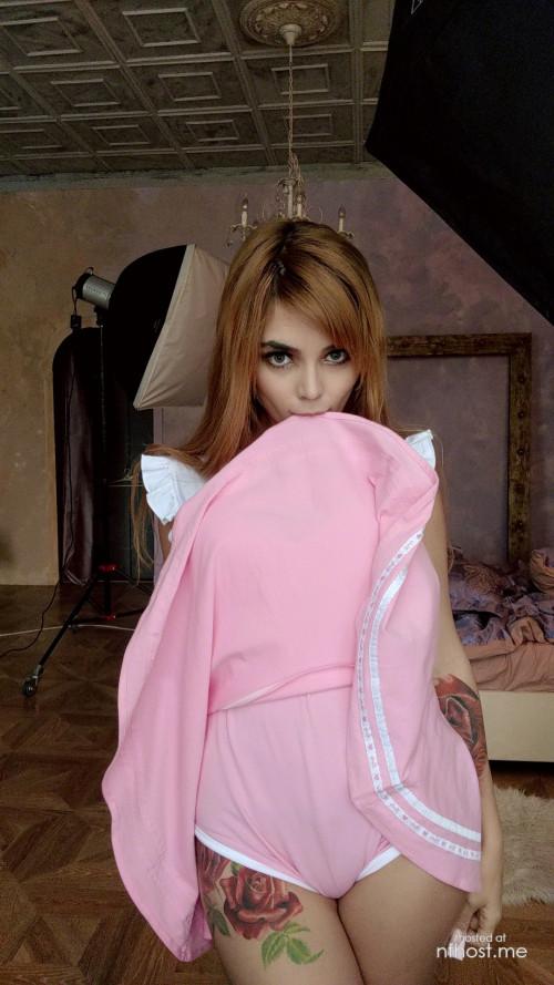 Kalinka Fox Sexy Selfie 6