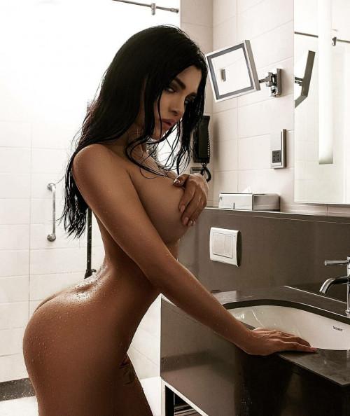 Kalinka Fox Shower 14