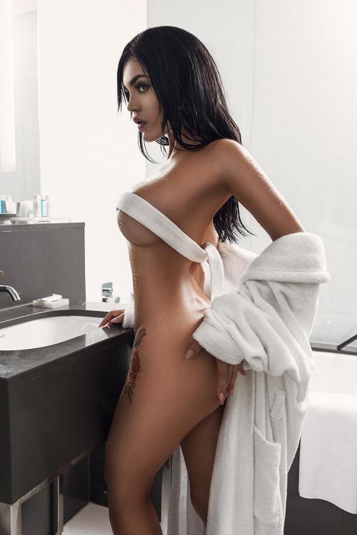 Kalinka Fox Shower 9