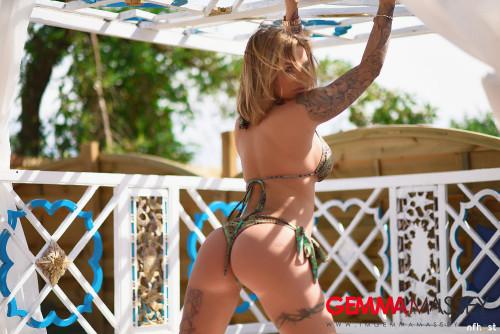 Gemma-Massey-In-Beautiful-Green-Bikini-35.jpg