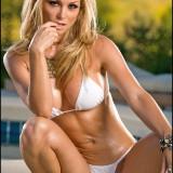 Heather-Vandeven-Poolside-11