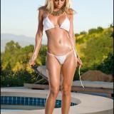 Heather-Vandeven-Poolside-13