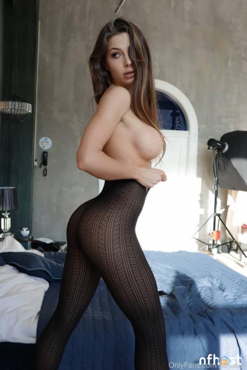 Daria Shy nude (11)