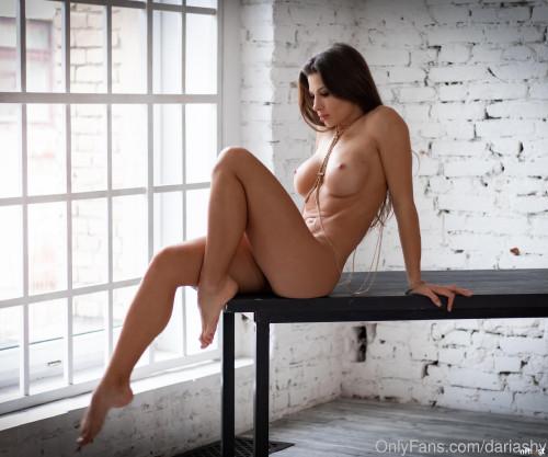 Daria Shy nude (5)