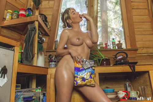 Sara Underwood nude (20)