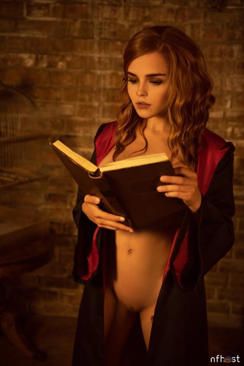 Kalinka Fox as Hermiona (7)
