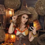 Kalinka-Fox---Hermione-Backstage-2