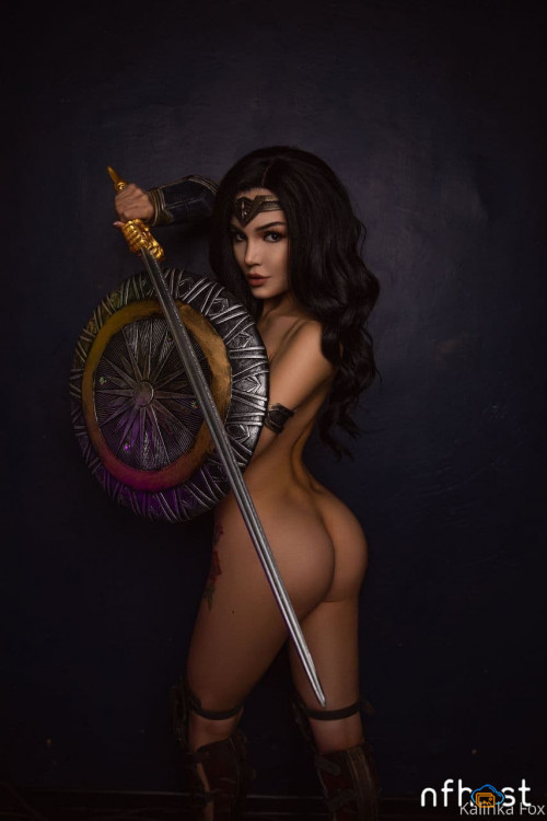 Kalinka-Fox---Wonder-Woman.jpg