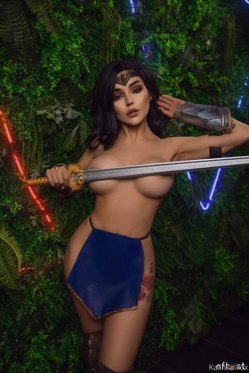 Kalinka-Fox---Wonder-Woman-7.jpg