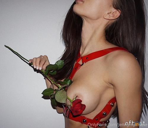 Jenny Mosienko (19)