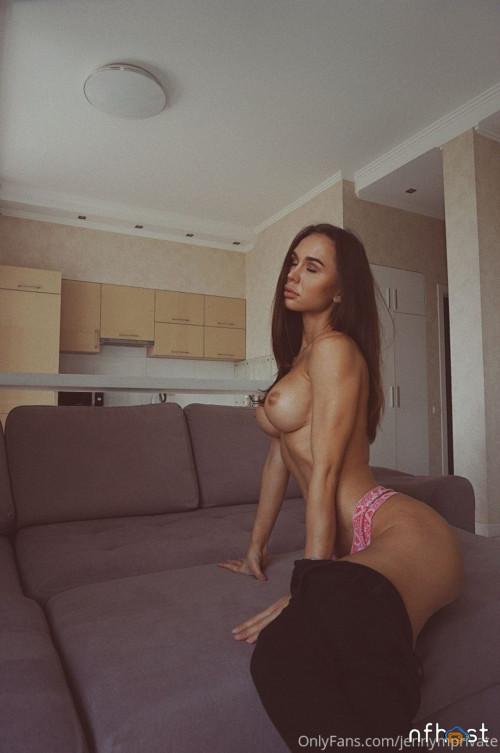 Jenny Mosienko (20)