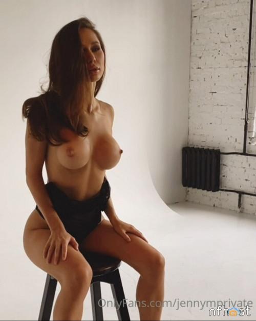 Jenny Mosienko (25)