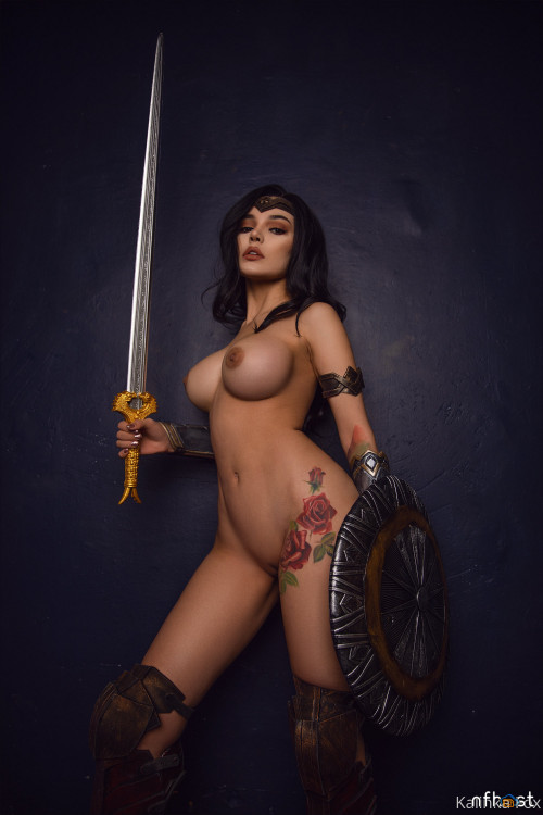 Kalinka Fox Wonder Woman (11)
