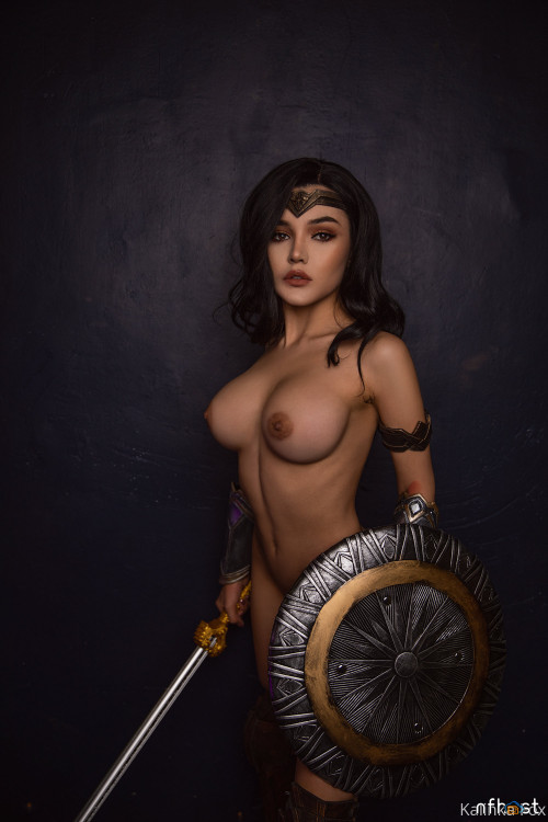 Kalinka Fox Wonder Woman (15)
