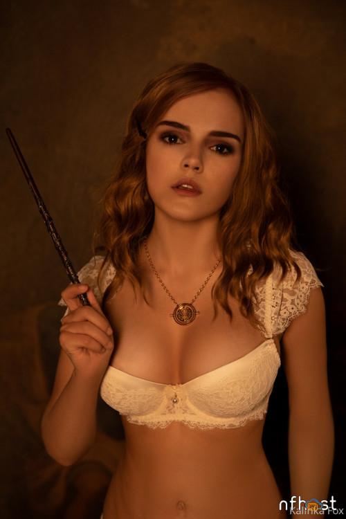 Kalinka-Fox---Hermione-Naked-4.jpg