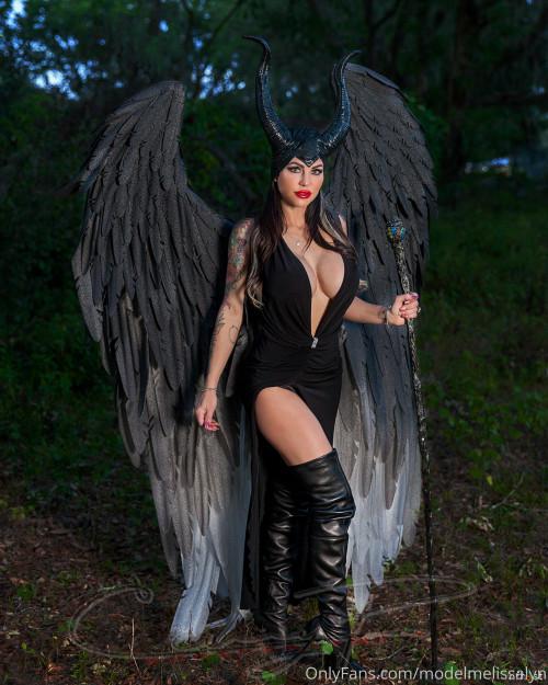 Melissa-Lynn---Maleficent-2.jpg