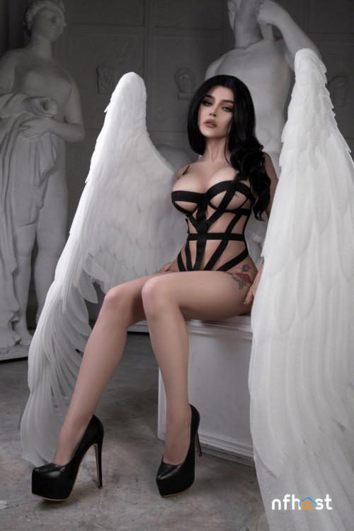 Kalinka-Fox---Angel-133a759dfdc6caba37.jpg