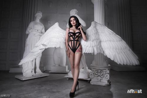 Kalinka-Fox---Angel-336607818bf56bd382.jpg